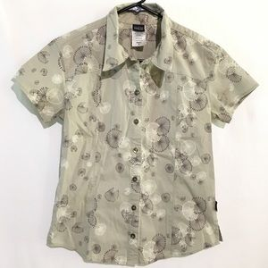 🛍💰Patagonia Short Sleeve Button Down Blouse